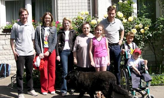Mai 2004: Uli Iberer, Melanie Knarr, Maria Lehner, Jelena Brajsa, Frank Eckstein (mit Stationen und Begegnungen in Zagreb, Velika Kladusa)