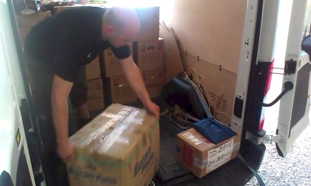 Hilfsfahrt Juni 2014 - Mehr als 1 Tonne Hygieneartikel für Hochwasseropfer