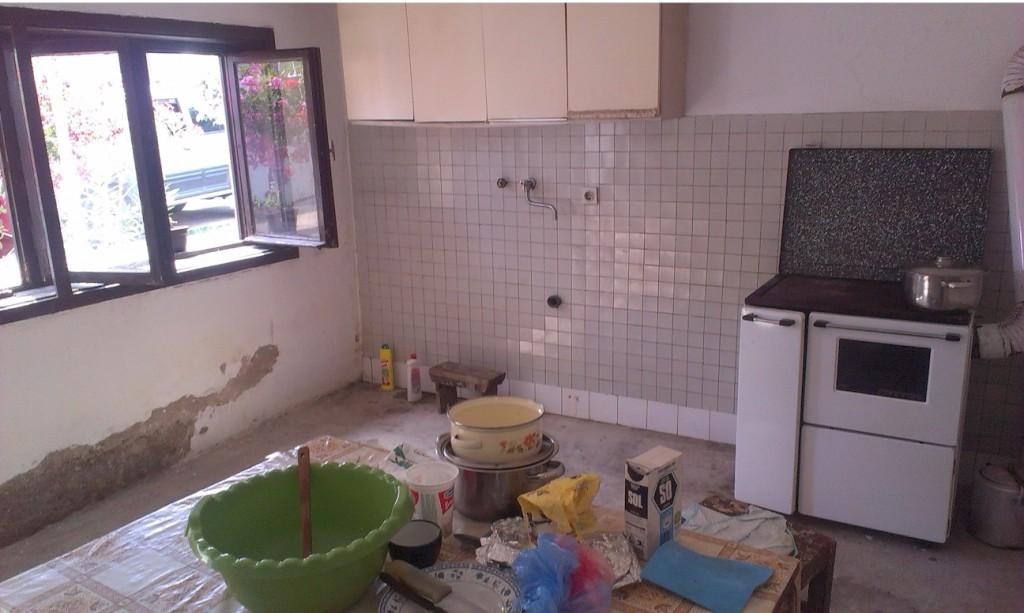 Hilfsfahrt Juni 2014 - in der ausgeräumten Wohnung einer Witwe